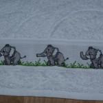 grille point de croix elephant