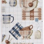 grille point de croix vaisselle ancienne